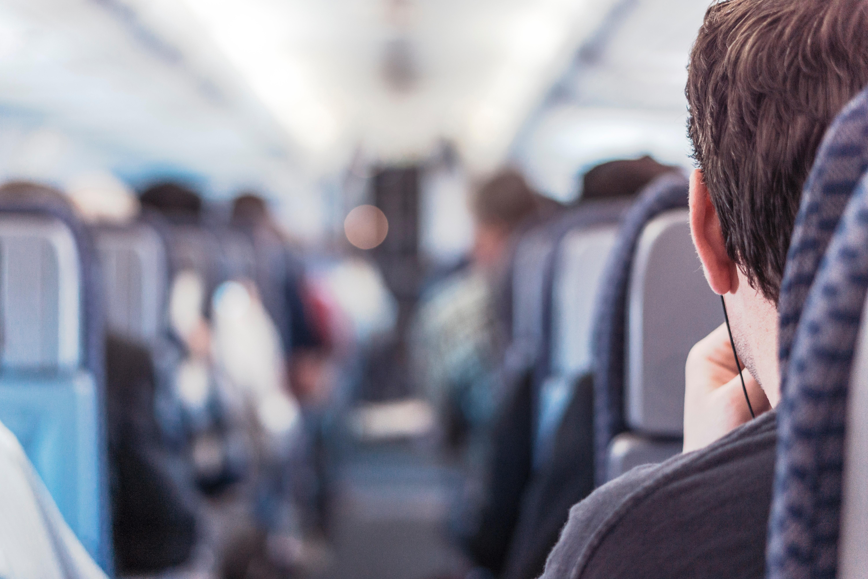 让假日航空旅行轻而易举!
